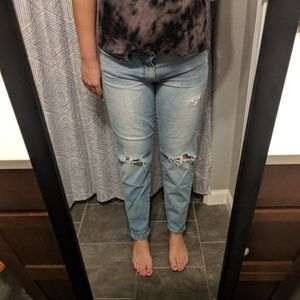 Lucky brand distressed jean